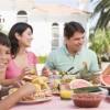 Alimentando a las Familias Latinas