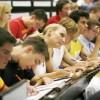 Estudiantes Freshmen de Secundaria Asisten a la Orientación de Colegio en Chicago State University