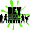 Organizaciones Sin Fines de Lucros Ayudan a los Jóvenes