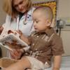 Access, Reach Out & Read Involucra a Jóvenes Pacientes con Conocimientos Prácticos