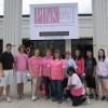 """Los Empleados del Banco Marquette reciben al 7o. """"PINKnic"""" anual para Apoyar a Investigación del Cáncer de Mama"""