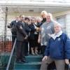 Funcionarios de Cicero Distribuyen Alarmas de Humo a los Residentes