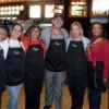 Maestros del Area de Chicago Trabajan en las Noches McTeacher's de McDonald's
