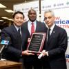 ICIRR Presents Mayor Emanuel with Award