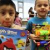 LULAC Chicago & P&G Donan Juguetes a Niños Necesitados