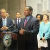Grupos Comunitarios al Concilio de la Ciudad de Chicago: 'No más tratos de parquímetros'