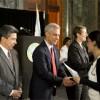 El Alcalde Emanuel Preside Ceremonia de Naturalización