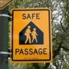 NHS de Chicago Pinta las Calles en Apoyo al Programa Paso Seguro