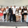 Estudiantes Latinos de Alto Rendimiento Reciben Becas de Concesionario de Autos Local