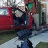 Accidentes de Autos Causan Graves Daños a la Entrada del Edificio del Ayuntamiento de Cicero
