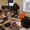 Niños de la Localidad se Unen en una Educación Tecnológica Gratuita en Escuelas del Area de Round Lake