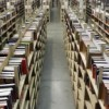 Formas en que la Industria de Libros de Texto de Colegio Hace que Usted Pague Más por Ellos
