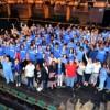 La Iniciativa Sigue en la Escuela Ayuda a Mejorar el Indice de Graduación en Escuelas de CPS