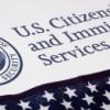 USCIS Anuncia Regla Final de Ajuste de Solicitud de Beneficios de Inmigración y Tasas de Petición