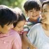 UnitedHealthcare Children's Foundation Aconseja a las Familias de Illinois Soliciten Subsidios para Atención Médica Infantil