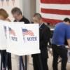 Los Legisladores Celebran el Proyecto de Registro de Votantes