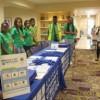 Los Jóvenes Celebran la Terminación del Programa Empleos de Verano