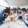 Estudiantes de Secundaria de Chicago Reciben una Lección Práctica de Exelon Sobre Eficiencia Energética