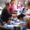 Fiesta de Cuadra con Diversión y Recursos Para las Familias de La Villita