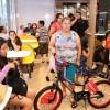 La Comunidad Celebra Reapertura del McDonald's en Aurora