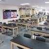 Las Escuelas de Chicago Reciben Modernos Laboratorios de Ciencias