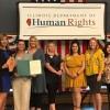 """El Departamento de Derechos Humanos de Illinois Honra a """"Constructores de Sueños"""""""