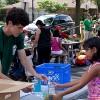Comidas Saludables Gratuitas Disponibles a Estudiantes y Familias de Illinois Durante el Verano
