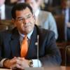 El Gobernador Firma la Medida de Prevención al DUI de Sandoval