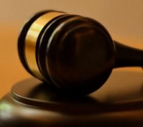 Illinois Senate Passes Bill Allowing Public Defenders to Represent Immigrants Facing Deportation