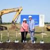 La Sen. Castro da la Bienvenida al Proyecto 90 North en Schaumburg