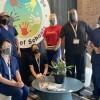 Las Pruebas de COVID-19 del Personal Pueden Mantener Nuestras Escuelas Seguras: Programa Piloto de It Takes a Village Family of Schools & UI Health